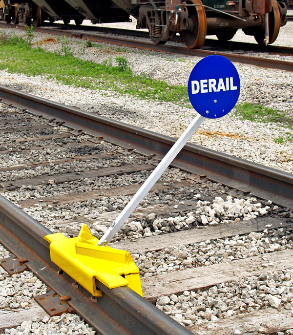 Portable Derail with Sign, 2-Way